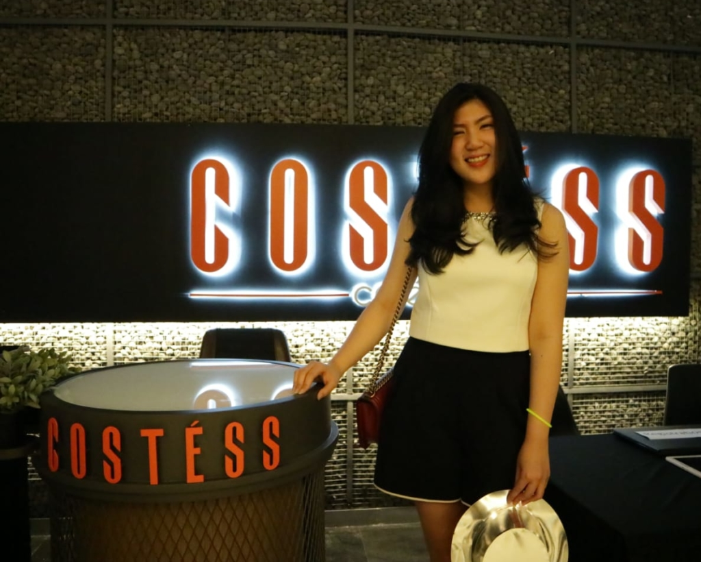 Rebecca Chou, selaku Business Development Manager Costess Cafe & Bar.